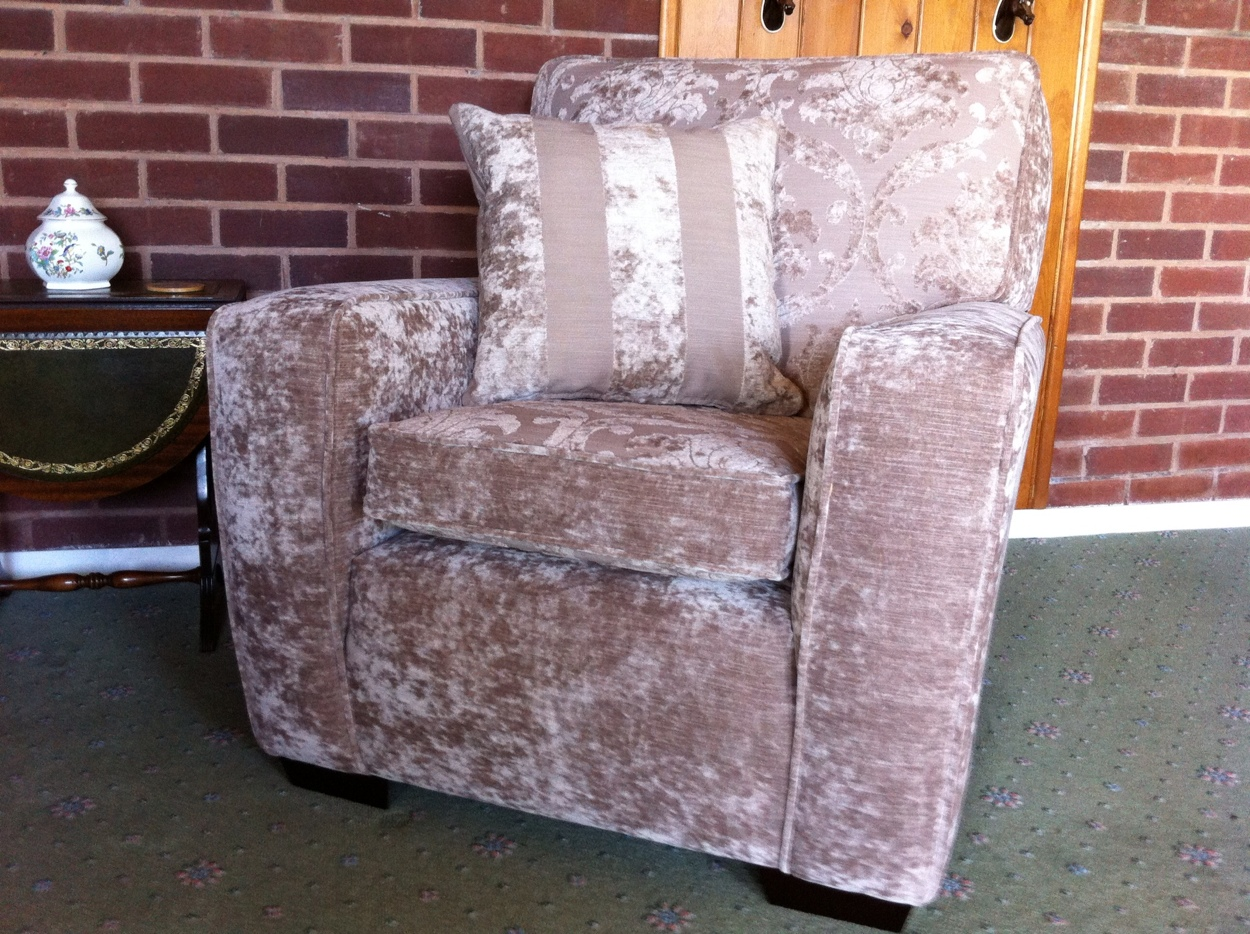 After photo of reupholstery by Ralvern Ltd in Cannock Staffs ws117xn 01543 505539