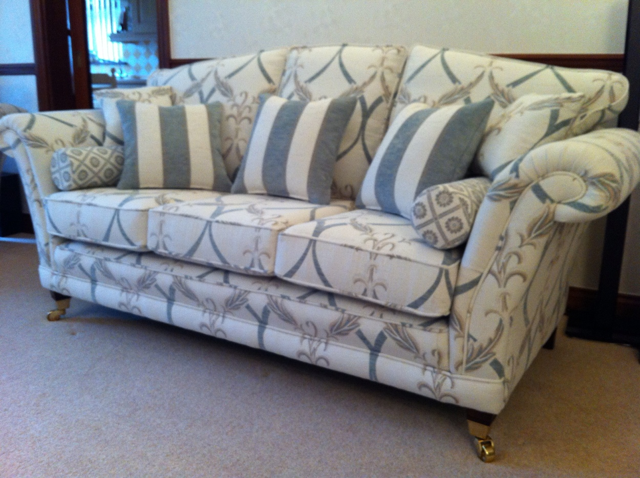 Bespoke lounge sofa by Ralvern