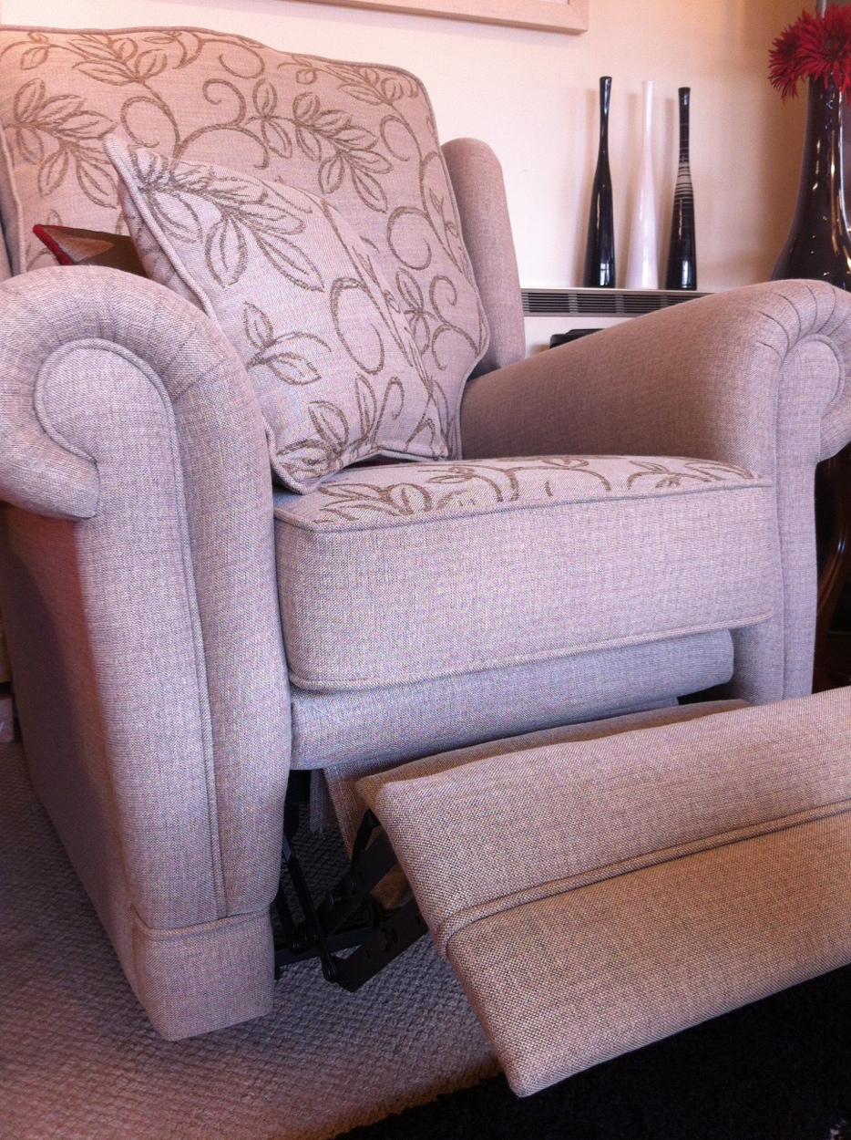 Ascot Electric Recliner Arm Chair By Ralvern Ltd Cannock Staffordshire