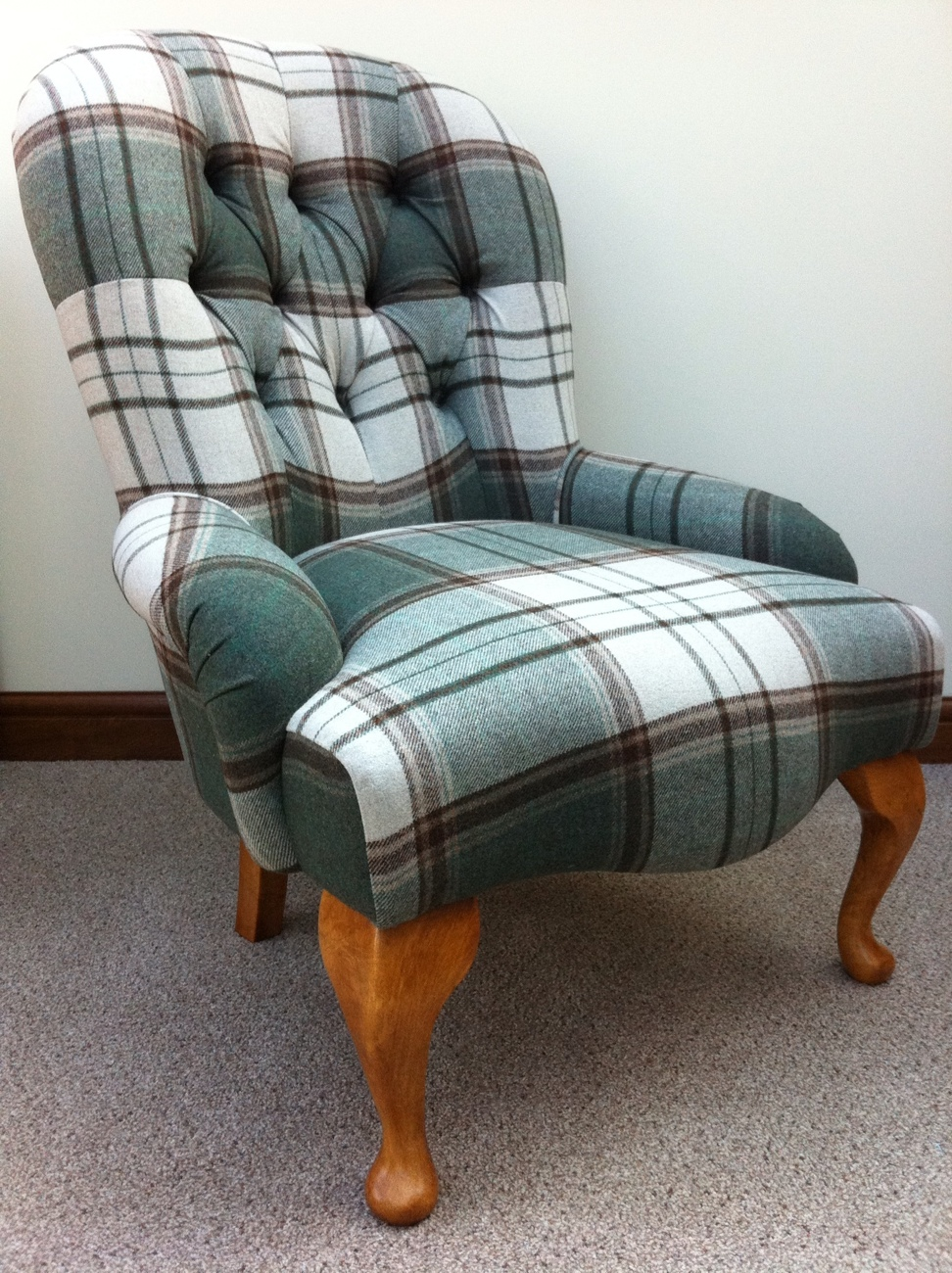 Small Deep buttoned Tartan Chair
